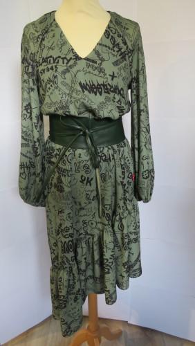 Photo de Asymetric dress